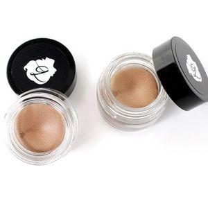 BENEFIT Birthday Suit Cream Eyeshadow